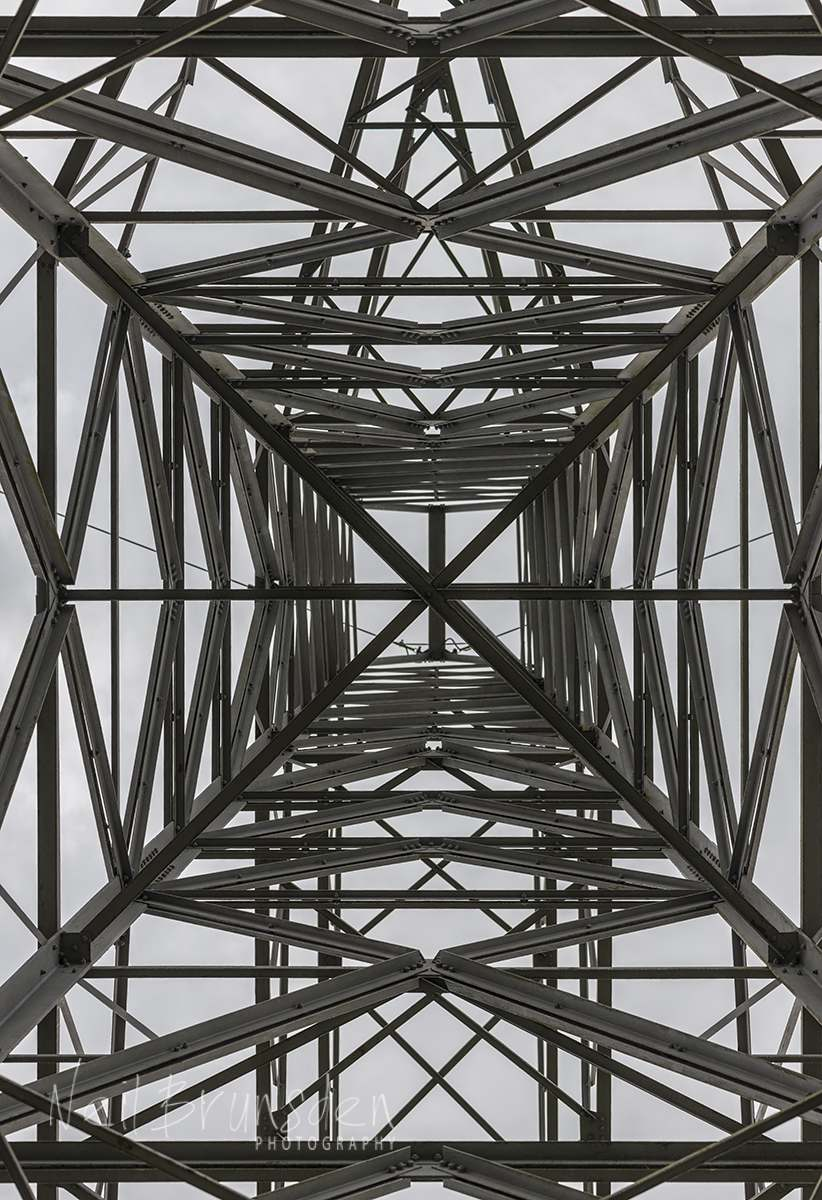 Pylon with 105mm lens